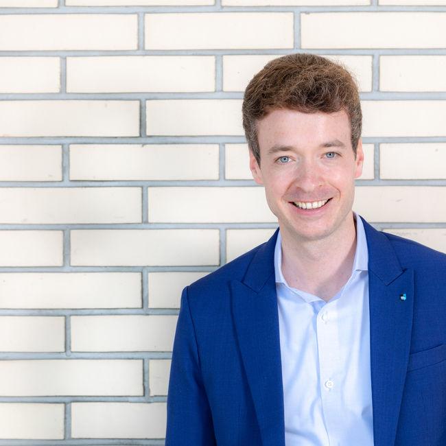 14. Adrian Schoop