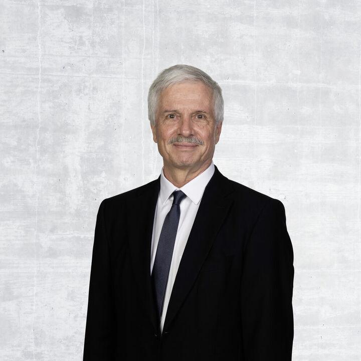 Bernhard Scholl