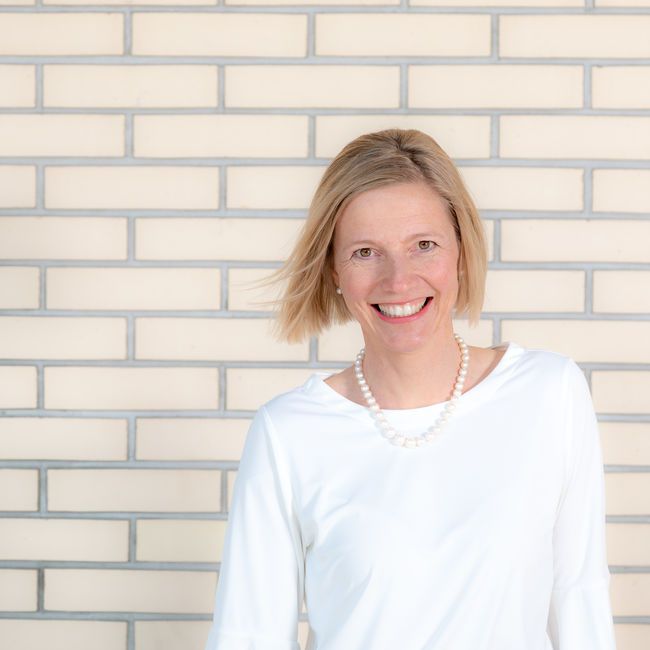 12. Suzanne Marclay-Merz